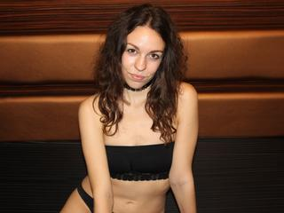 CindySweet - Travel, Read, and Have fun :)  - I can be your cutest girl ever :) come and have some fun with me! :)  - Alter: 28 / Virgo - Größe: 170 / slim - Geschlecht: female - Ausrichtung: bisexual - Haare: brunette / long - Piercing: none - BH-Größe: B - Hautfarbe: white - Augen: brown - Rasur: fully shaved